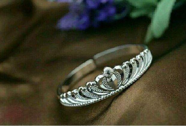镀银饰品和纯银饰品哪个更好看