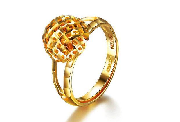 为什么你买的黄金饰品要比市场贵那么多?