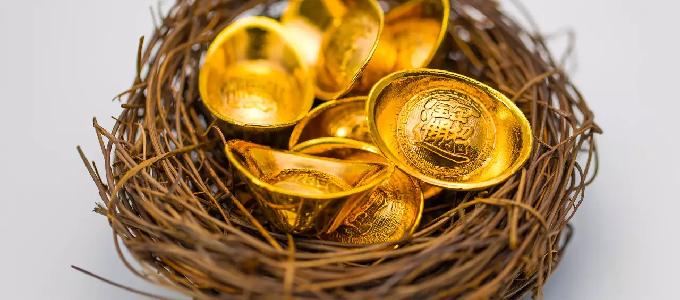 黄金突破历史新高 年内涨幅26%