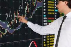 债券投资者就是债权的劣后投资者