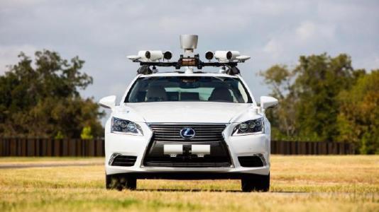 丰田投入28亿美元成立新公司 开发无人驾驶软件