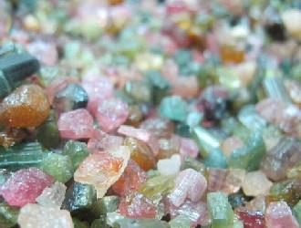 碧玺:藏在彩虹落脚处的宝石