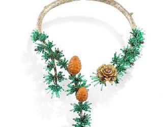 祖母绿和帕拉伊巴碧玺打造 意大利设计师推出全新珠宝系列