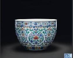 陶瓷收藏与鉴赏:斗彩团花卷草纹缸收藏鉴赏