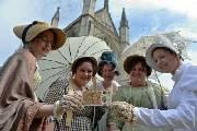 印有英国小说家简·奥斯汀肖像的新版10英镑钞票开始流通