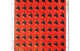 生肖邮票成市场香饽饽 猴票大版票拍出200万