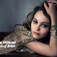 星二代Rose Depp登上《Vogue》杂志日本版1月号封面