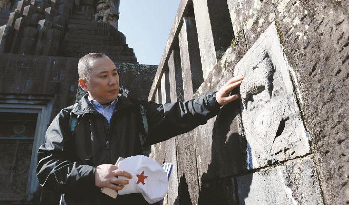 南京民间收藏大屠杀史料第一人收藏抗战历史藏品5700余件