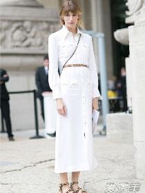 腰粗的女生穿衣搭配技巧示范 利用高腰长裙和高腰裤打造腰线