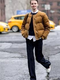 阔腿裤可以配羽绒服吗 阔腿裤+羽绒服穿出时髦范