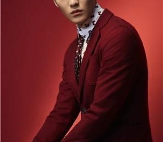 Giorgio Armani特别推出2018新年系列男女服饰