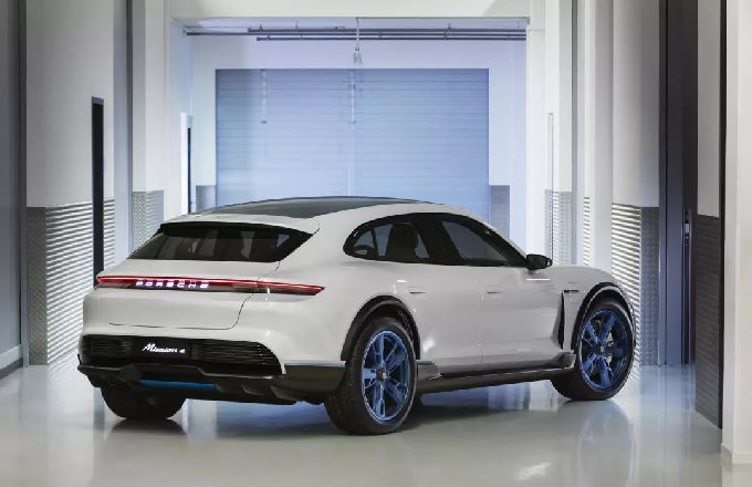 保时捷首款纯电动跨界多用途概念车亮相日内瓦车展