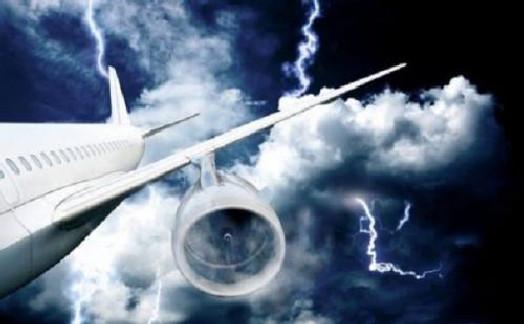 飞机发生故障时的自救方法