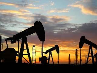 美国保护石油的成本 1年花费810亿美元