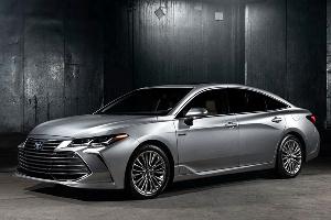 一汽丰田Avalon将推2.5L和2.5L混动系统 将于11月15日正式开启预售