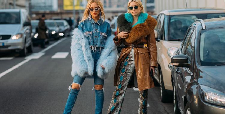 对牛仔裤的爱冬日也不能停 时髦还能塞秋裤!