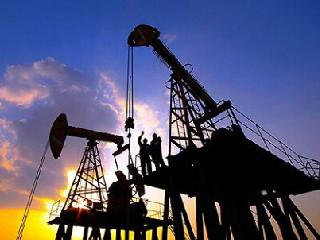 《2018年国内外油气行业发展报告》发布