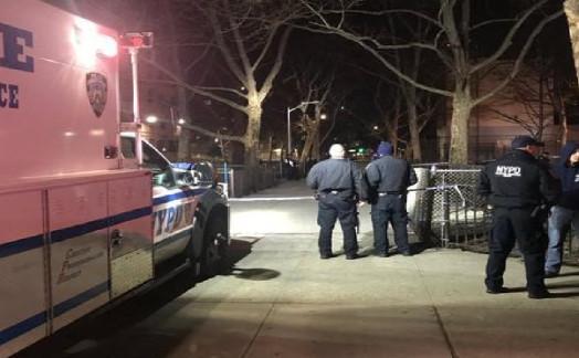 纽约曼哈顿枪击案致1死 警方尚未逮捕任何人