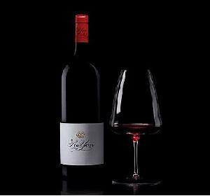 喜马拉雅山脉首款葡萄酒敖云携手百年水晶世家醴铎