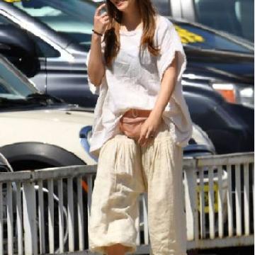 街拍中的清流 猩红女巫Elizabeth Olsen私服
