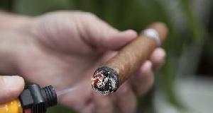 新手入门:如何重燃熄灭的雪茄?