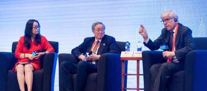 关注周小川与保罗·罗默对话:要给予金融市场稳定的信号