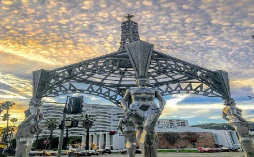 梦露雕像被偷 这尊雕像已树立超过25年
