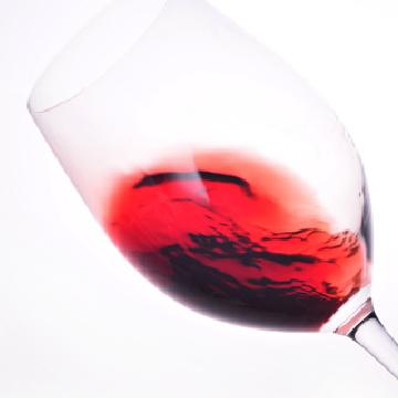 如何品鉴红葡萄酒 从易饮适口的款型开始