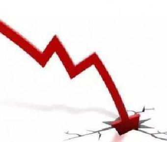 """上市公司""""雷""""声不断 88股上市以来半年报首次亏损"""