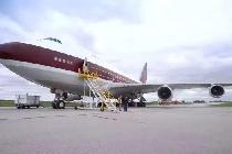 乘坐14亿的私人飞机是一种什么样的体验 跟着这位华人感受一下