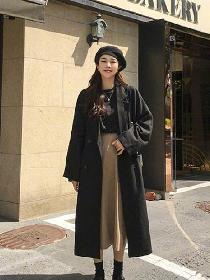 裙子果然是秋季经典流行单品 搭配大衣这样穿简直了!