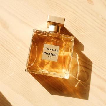 几款热门的宝藏香水 可贵妇可清纯!