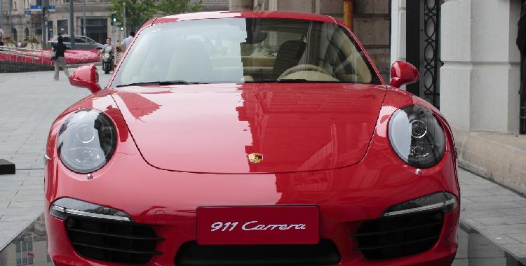 保时捷911 Carrera T致敬经典