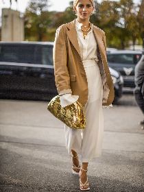 冬季围巾搭配 让你不失温度与风度