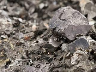 钢价创13年历史新高 过快上涨或受抑制