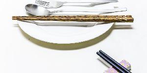 宜家召回17万件缺陷餐具 因存在破裂烫伤风险