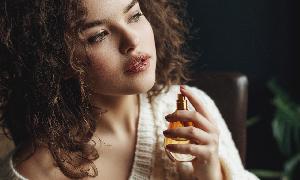 法国娇兰推出新香水 主打花草香气