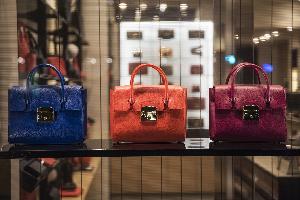 奢侈品牌SHANGXIA迎来了新任时尚创意总监YANG LI