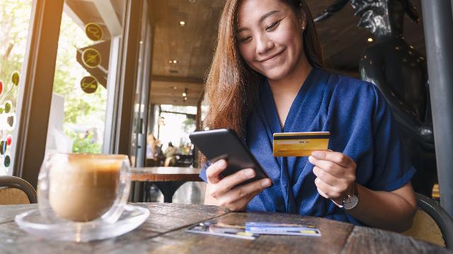 信用卡该怎么销卡?