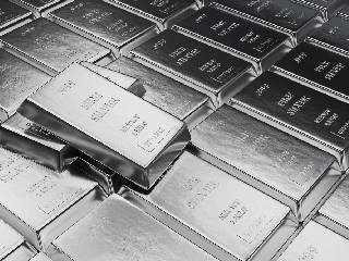 全球经济逐步陷入滞胀 白银仍有上涨动力