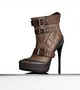 巴宝莉Burberry杏仁形鞋头绗缝皮革厚底及踝靴