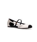 Fendi白色麂皮平底鞋