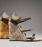 Bottega Veneta葆蝶家楔形跟丝绒高跟鞋