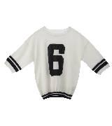 MO&Co.白色数字T恤