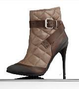 巴宝莉Burberry杏仁形鞋头绗缝皮革及踝靴
