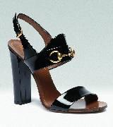 Gucci黑色漆皮金属扣高跟鞋