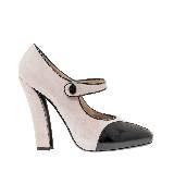 Emporio Armani女士裸粉色系扣高跟鞋