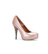 Fendi粉色漆皮高跟鞋