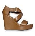 Marni棕色坡跟凉鞋