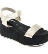 DKNY珍珠白色厚底坡跟鞋